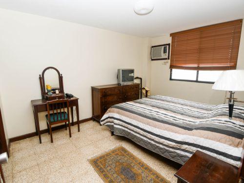 6.Bedroom1