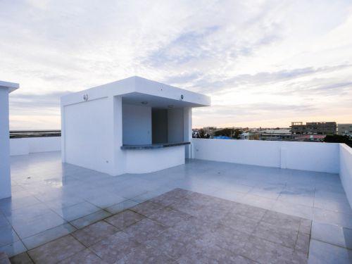 10.RooftopBarArea