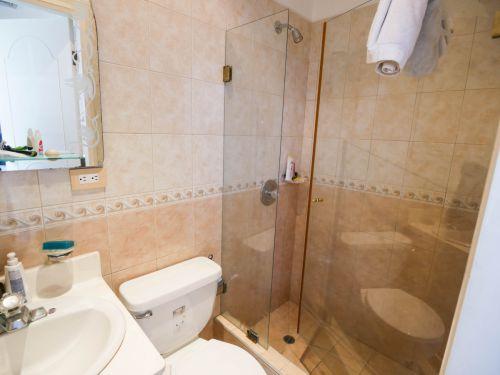 10a.  Bathroom3 (1 of 1)