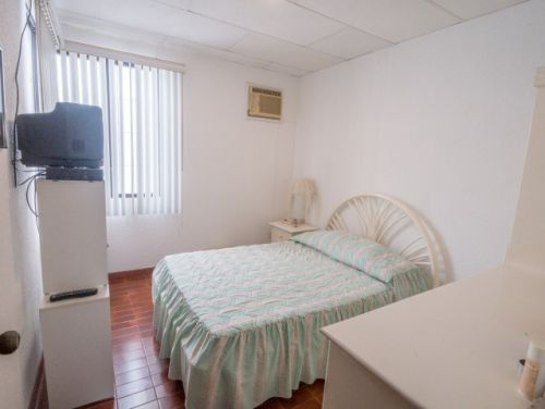 6.Bedroom3 (Small)